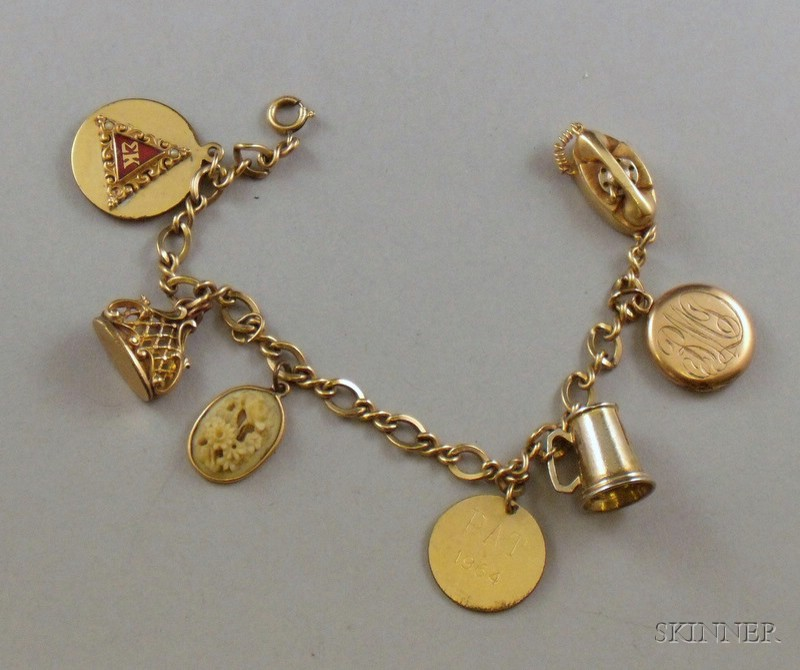 Gold-filled Charm Bracelet, with seven charms,