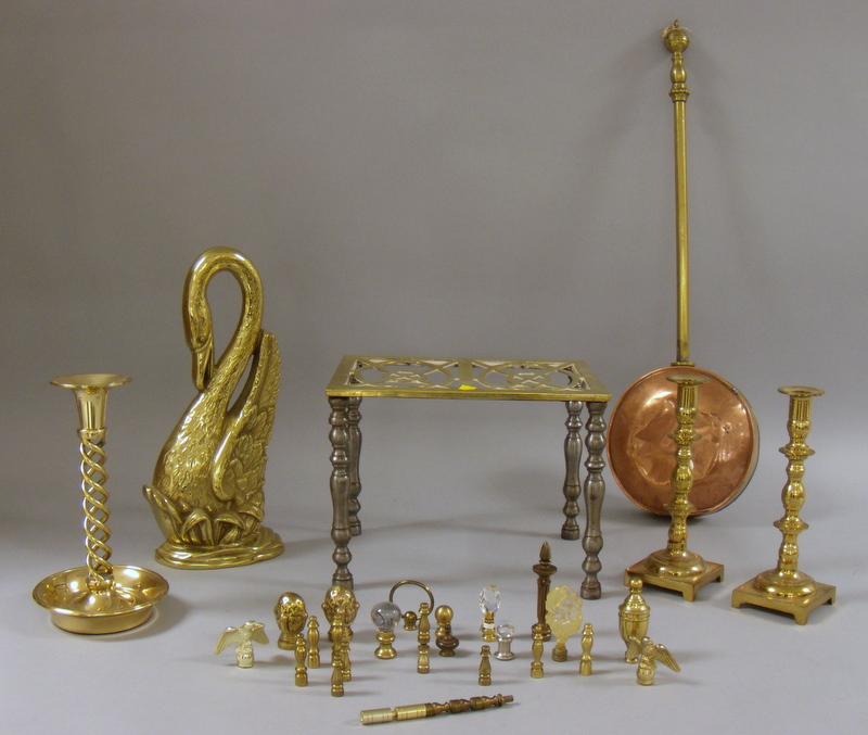 Lot of Mostly Brass Decorative Items, a pair