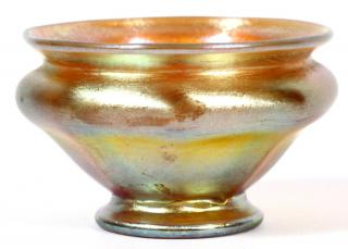L. C. TIFFANY GOLD FAVRILE GLASS SALT CELLAR