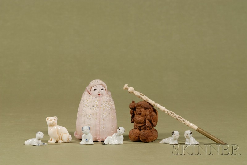 Group of Small Asian Decorative Articles,