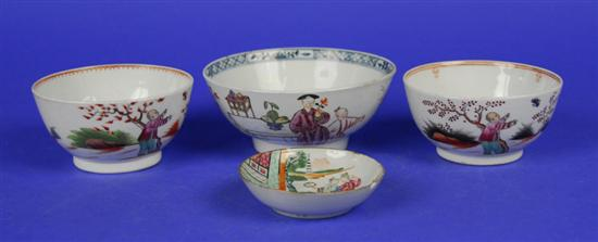 THREE CHINESE EXPORT BOWLS AND SMALL CHINESE