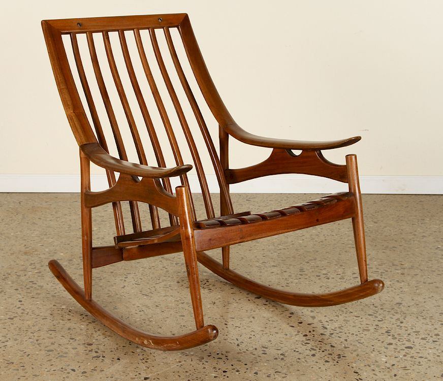 MID CENTURY MODERN ROCKING CHAIR SLOPED ARMS: