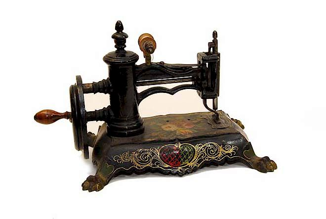 Early Cast Iron Childs Sewing Machine Original