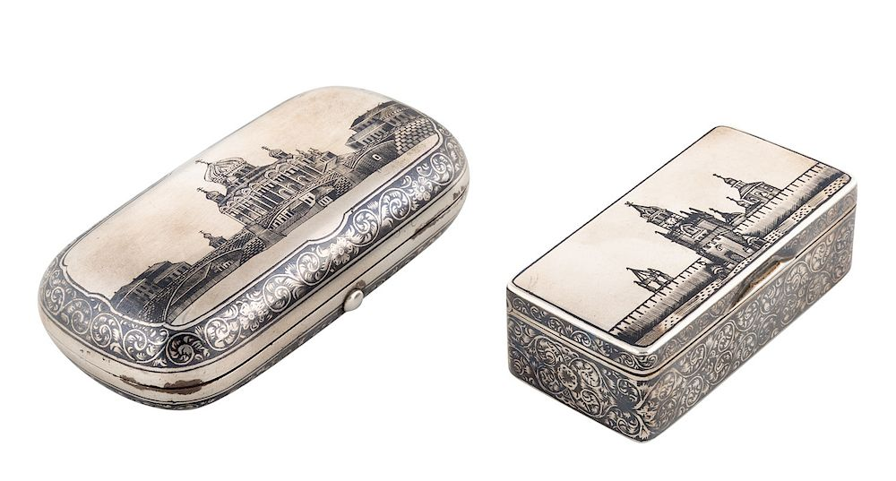 A PAIR OF RUSSIAN SILVER AND NIELLO SNUFF