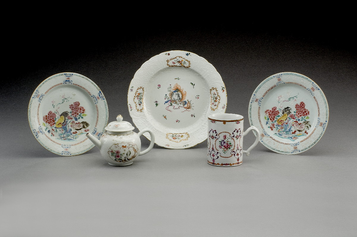FOUR CHINESE EXPORT PORCELAIN TEAWARES, EIGHTEENTH