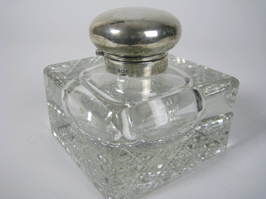 A George V silver lidded heavy square cut