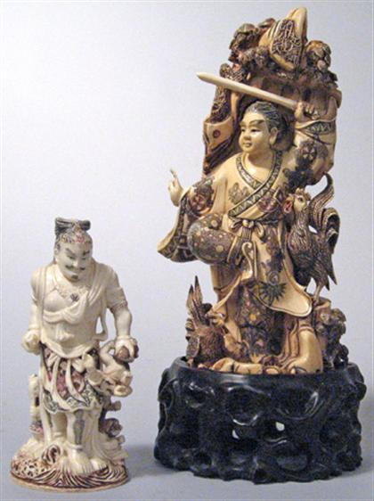Two Chinese elephant ivory figures    19/20th