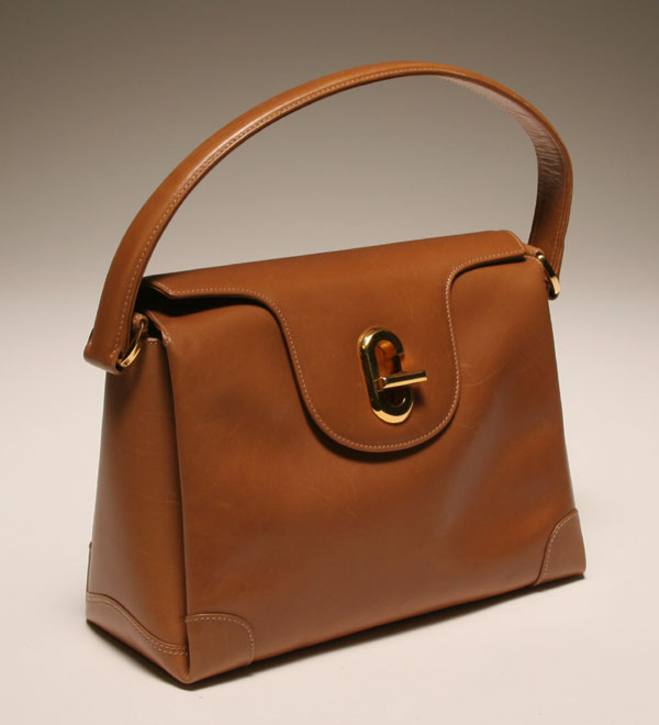 1e67686e0c0 Vintage Gucci G clasp tan leather classic kelly style bag purse  impressive  inside with multiple kid lined pockets and compartments. Comes with dust  cover.