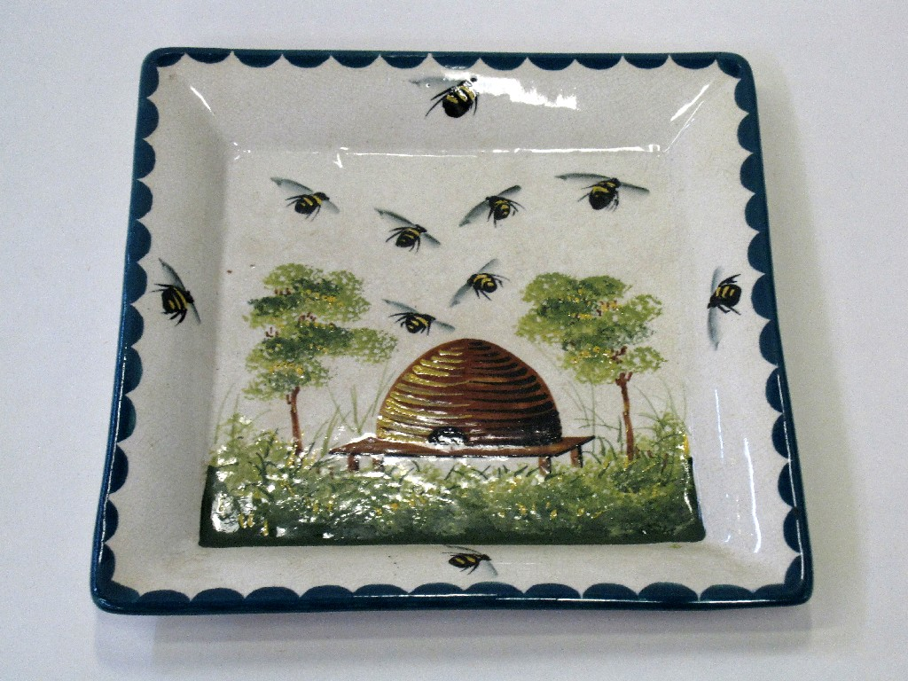 Wemyss square dish decorated with bees and
