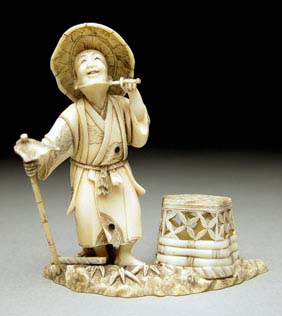 ANTIQUE IVORY OKIMONO Finely detailed, small