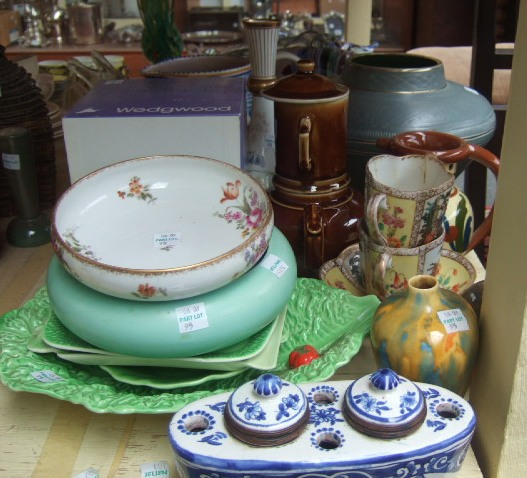A quantity of ceramics, including; a Clarice