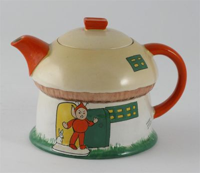 A Shelley Boo Boo Nursery Ware teapot and